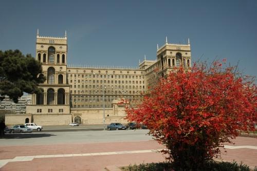 Правителството в Баку, Азербайджан